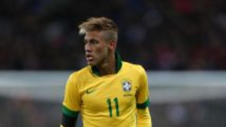 Neymar dijo que no tiene una preferencia personal entre los dos grandes...