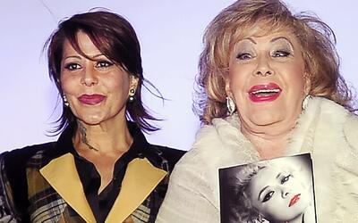 Quieren que Alejandra Guzmán forme parte de la serie biográfica de su ma...