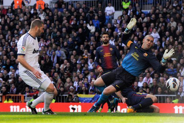 Morata dejo tirado a Dani Alves, pasó a Benzema que lelgó solo ante una...