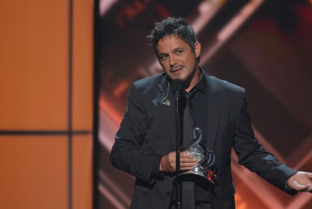 Así fue que dedicó su premio a Iñigo Zavala y Jesús López.