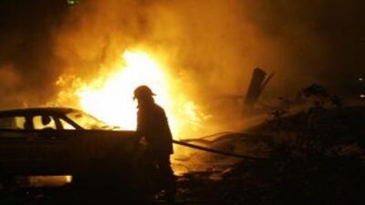 Siete cuerpos fueron hallados descuartizados dentro de un vehículo en ll...
