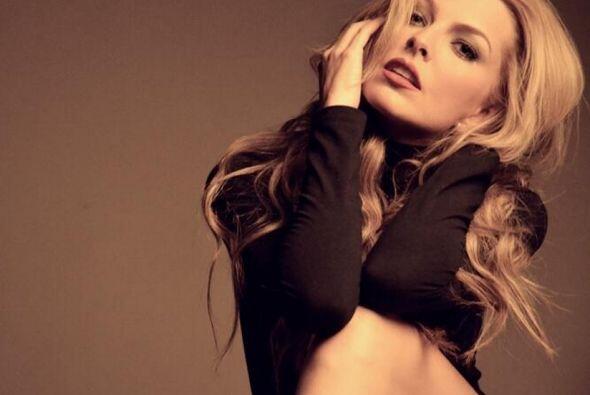 """La actriz venezolana provocó sensación desde que apareció en """"Amores Ver..."""
