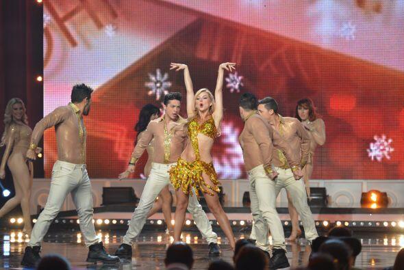 ella y sus bailarines armaron la fiesta.