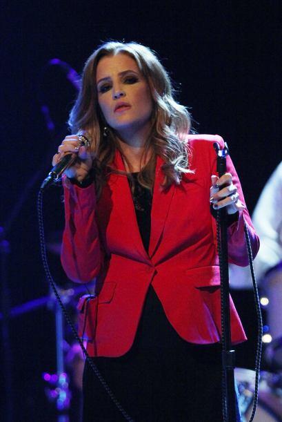 Lisa Marie Presley, la única hija de Elvis, también siguió la religión d...