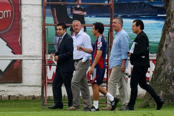 En eso sí tiene toda la razón el técnico de Chivas, sin embargo, tardó m...