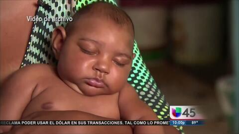 La madre del primer bebé con microcefalia en Texas pasó parte de su emba...