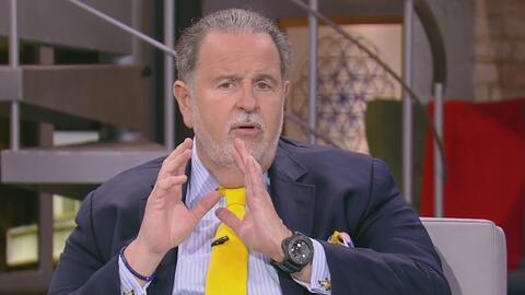 """Raúl de Molina confesó que se hace """"arreglitos"""" en el pelo. Mira de qué..."""