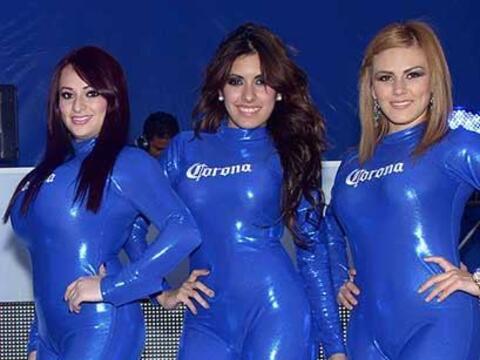 Vota por las porristas del Santos vs. Chivas que lucieron en las tribuna...