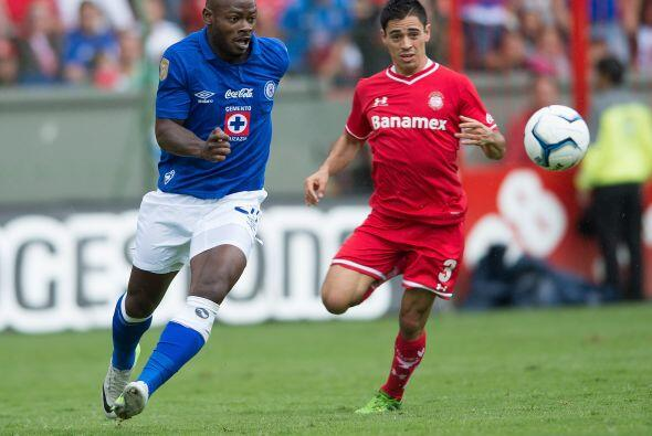 Cruz Azul vs. Toluca... Semifinal adelantada  Este es de los duelos que...