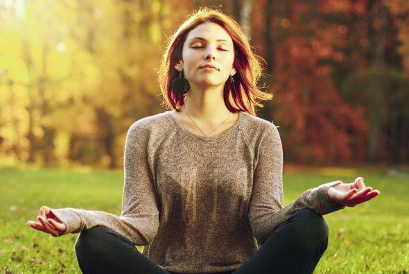 Meditan. Un estudio publicado en la revista Psychosomatic Medicine en 20...