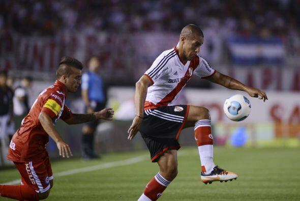 JONATHAN MAIDANA  Era una transferencia que le costaba al Puebla 1 mill&...