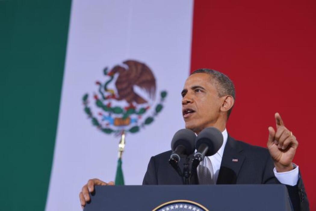 Obama también correspondió a los gestos, dirigiendo varias frases en esp...