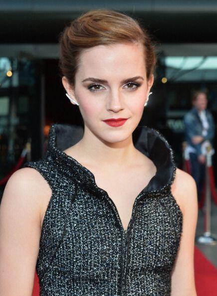 Emma Watson libera su lado más travieso y sensual cuando toma el...