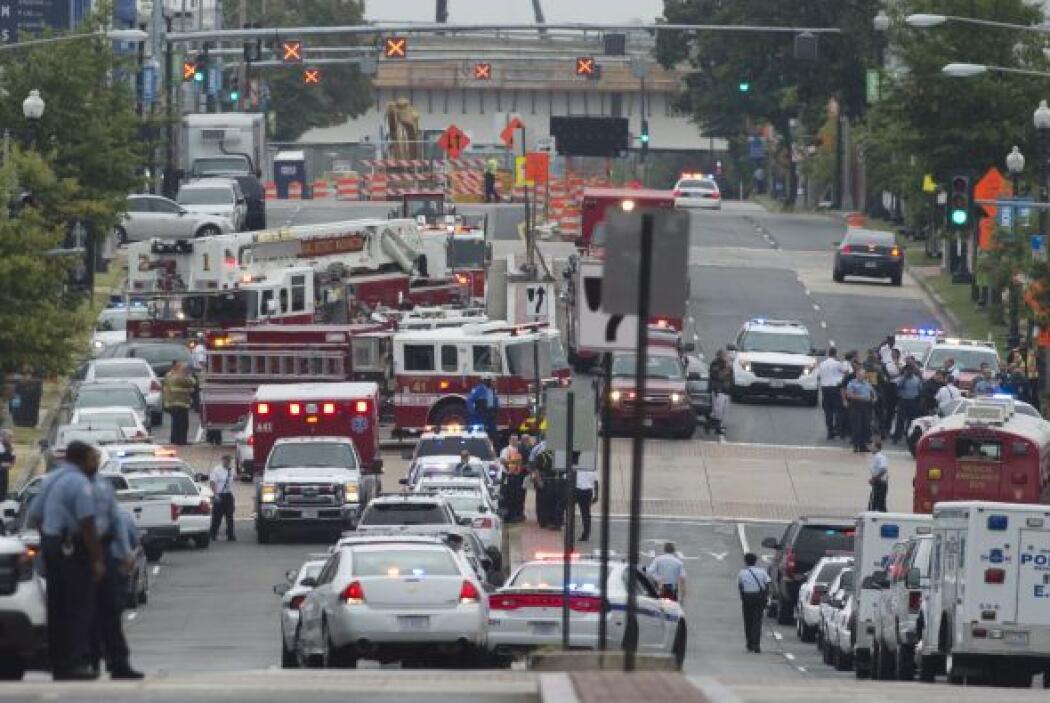 Autoridades federales y navales investigan la causa del tiroteo de este...