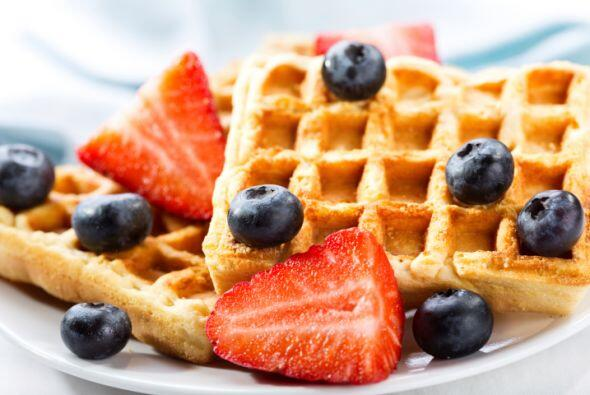 Despiértate con aroma a frutas. Incorpora el hábito de sumar alguna frut...