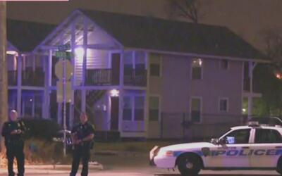 Autoridades investigan balacera que dejó dos personas heridas sobre la c...
