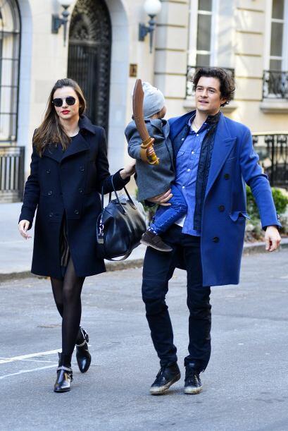 ¡Miranda Kerr y Orlando Bloom son unos padres súper a la moda! Esta fría...