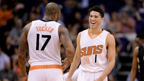 Devin Booker es una de las promesas del futuro de los Suns.