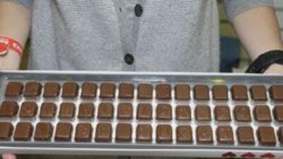 Escribe en chocolate lo que quieres decirle a tu enamorado (a).