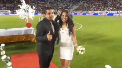 Realizan boda en el Pachuca-Puebla