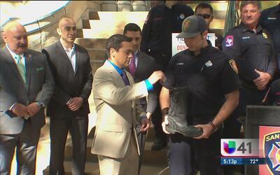 Bomberos de San Antonio se unen por una buena causa