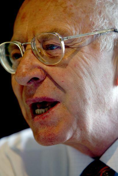 José Barba vivió la crueldad y el abuso sexual por parte de Maciel. En d...