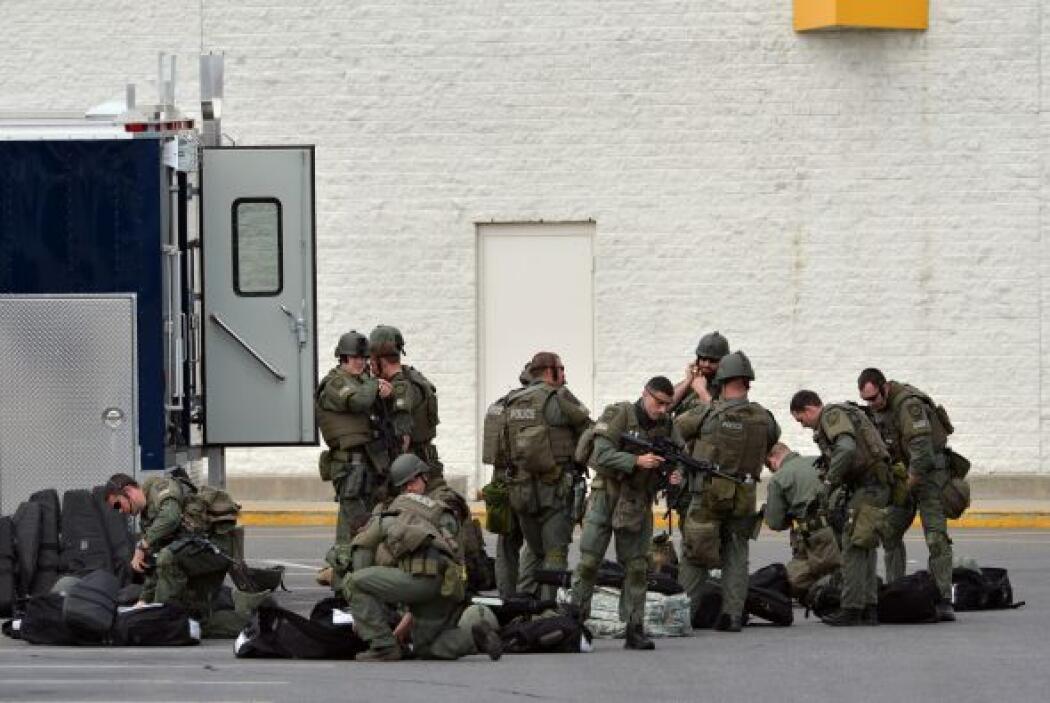 Las televisiones locales informan de una fuerte presencia policial alred...