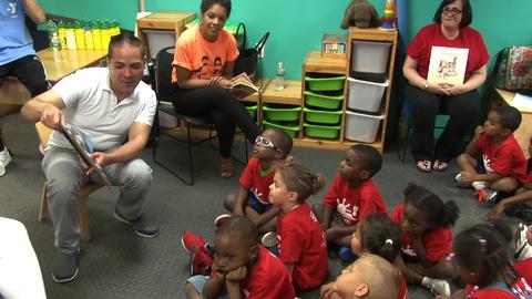 El locutor de La X tuvo la oportunidad de compartir con los niños...
