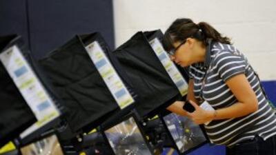 Se estima que 12.2 millones de electores latinos acudieron a las urnas e...