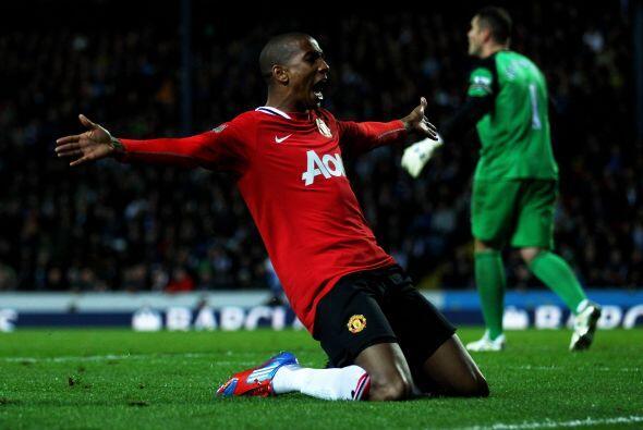 El habilidoso extremo-atacante del United realizó una media vuelt...