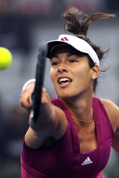 La hermosísima tenista de Serbia Ana Ivanovic ha recuperado buena forma,...