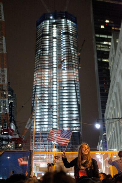 42.Avances en la construcción del World Trade Center  La construcción de...