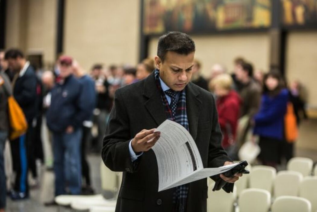 En Florida registraron algunos contratiempos, como votantes que son envi...