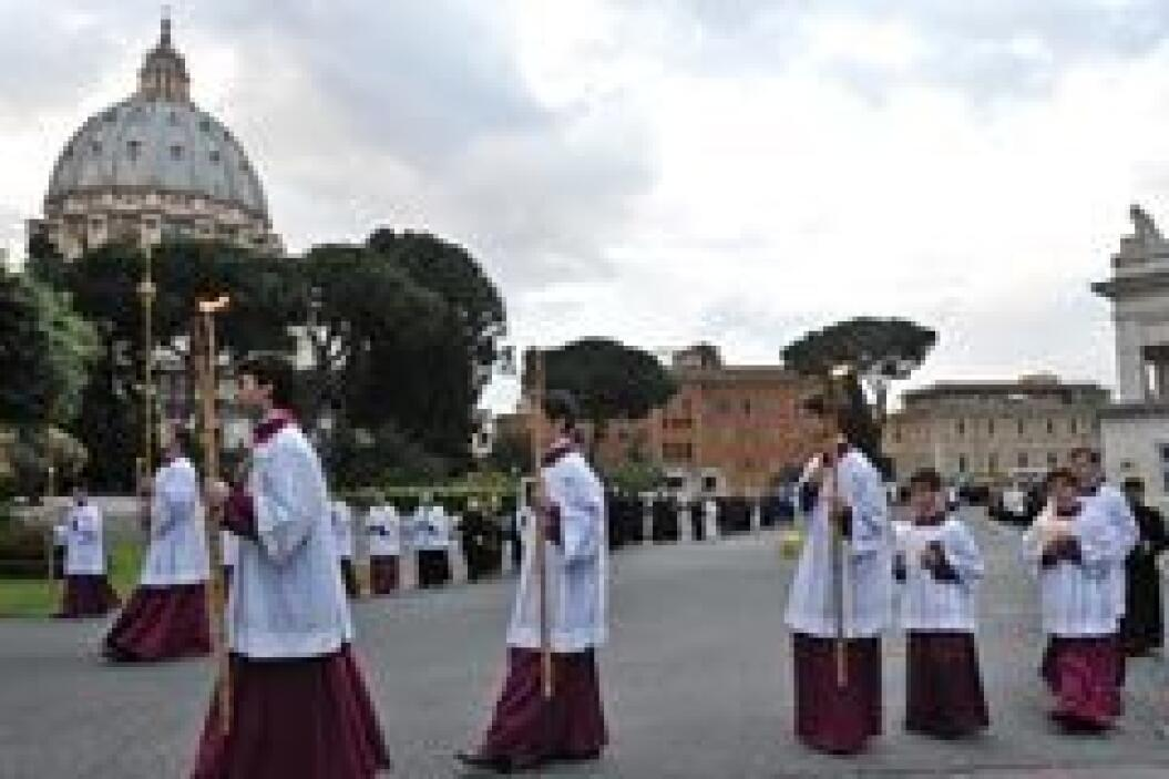 Estas acciones hacen parte de las reformas establecidas por El Vaticano...