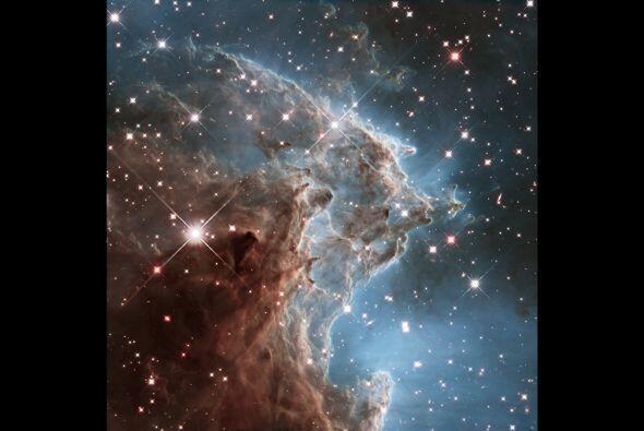 En la celebración del 24 º aniversario del lanzamiento del telescopio es...