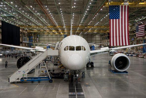 La producción industrial tendrá un crecimiento moderado de 3.5% este año...
