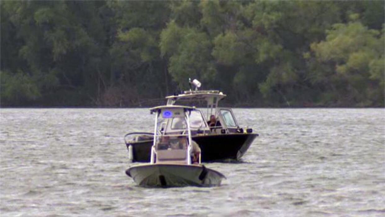 A lo largo del Río Bravo con las nuevas lanchas de la Unidad Táctica Mar...