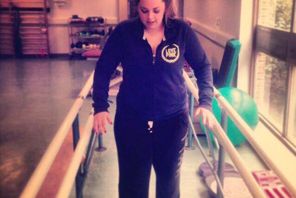 Cuando Katie se despertó de esta cirugía, se encontr&oacut...