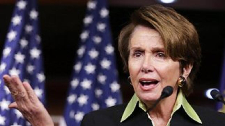 Nancy Pelosi (California), líder de la minoría demócrata en la Cámara de...