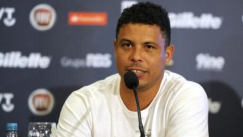 El ex futbolista brasileño se dio tiempo de hablar sobre la actualidad e...