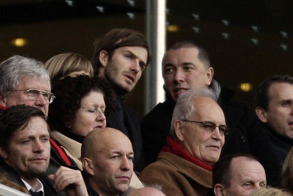 En las tribunas estuvo David Beckham, obervando viejos amigos.