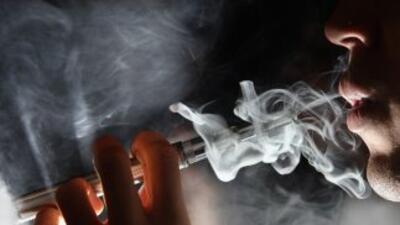 Por primera vez el uso del cigarrillo electrónico superó al convencional...