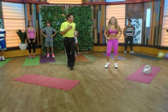 Esta mañana, Claudia Molina nos enseñó a ejercitarn...