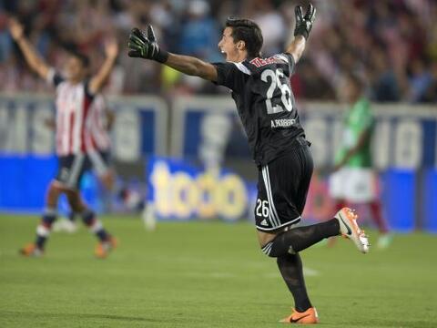 José Antonio Rodríguez (8).- Pachuca generó poco al ataque, pero Rodrígu...