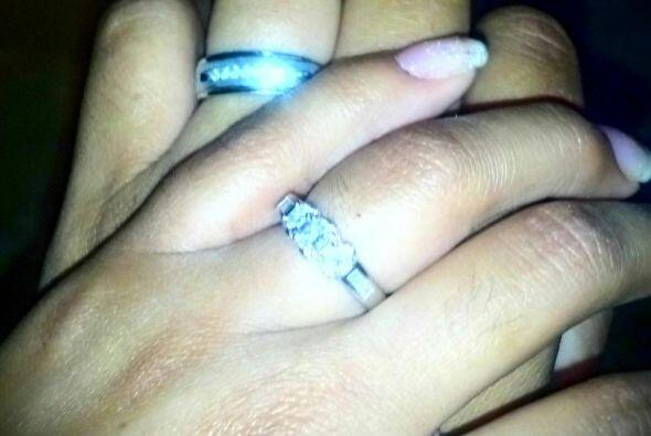 Hace un año Gómez pidió a Karina en matrimonio, per...