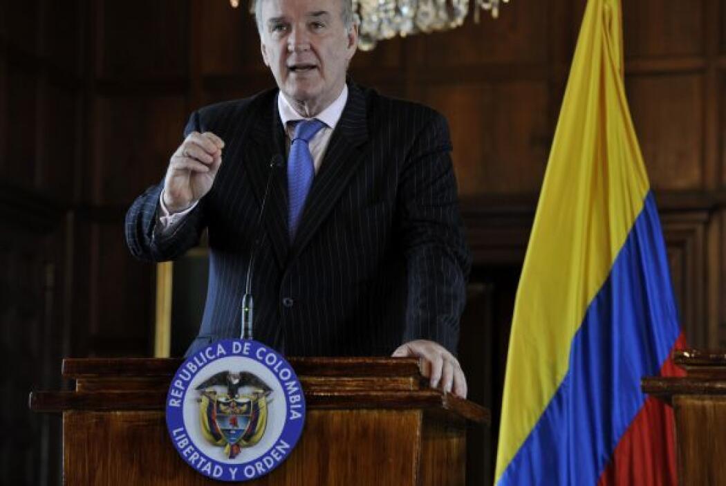 """El canciller peruano José Antonio García Belaunde afirmó que """"frente a u..."""