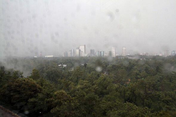 La mayoría de las vistas de la Ciudad de México ha sido con paisajes nub...