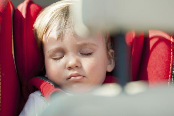 Debes tener especial cuidado cuando tu bebé duerme, pues si ellos no est...