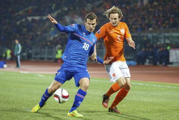 El siguiente rival, apenas tres días después, fue Islandia...