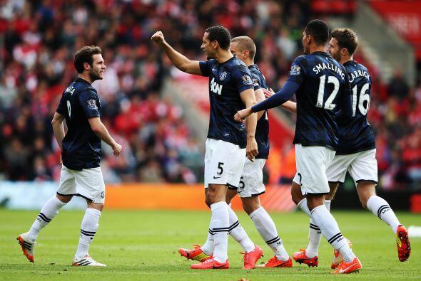 Seguido por la franquicia inglesa Manchester United, con una valí...